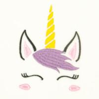 Matriz de bordado unicornio 28