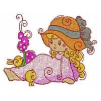 Matriz de bordado bonequinha 2