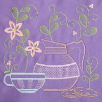 Matriz de bordado cafe na mesa 9