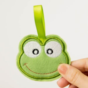 Frog Keychain (In The Hoop) Embroidery Design