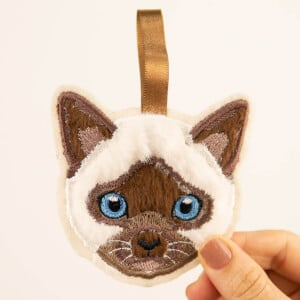 Siamese Cat Keychain (In The Hoop) Embroidery Design